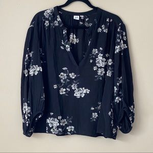 GAP black floral blouse with balloon sleeves